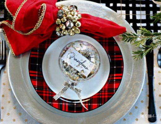 Simple, Inexpensive Christmas Bell Napkin Rings - DIY Holiday Project using Dollar Store supplies!