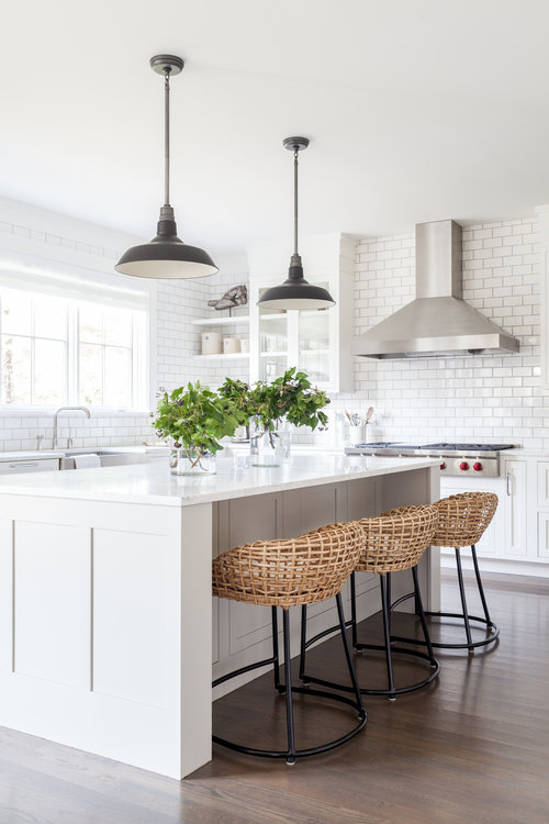 Modern White Farmhouse Kitchen