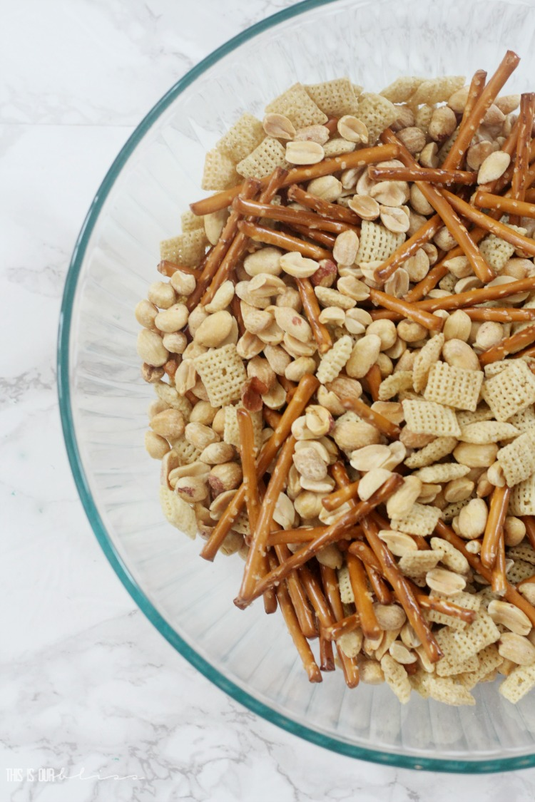 Vanilla Chex mix treat recipe - Valentine's Day chex treat mix - This is our Bliss