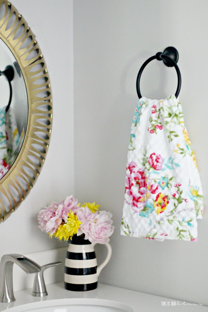 Simple ways to freshen up your home for Spring - Spring towel in the bathroom - Easy tips for Spring - This is our Bliss