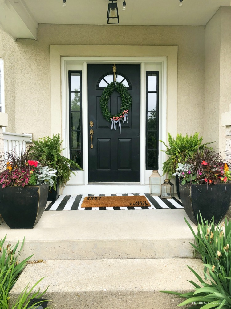 How To Spruce Up Your Front Porch When
